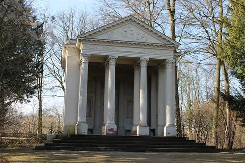 2013.03.09.085 - SCHWETZINGEN - Schwetzinger Schlossgarten - Minervatempel