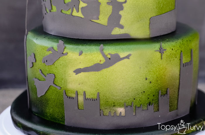 peter-pan-flying-silhouette-shadow-ombre-fondant-birthday-cake