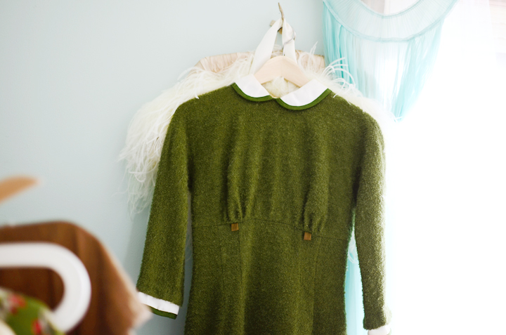 vintage green collar dress b