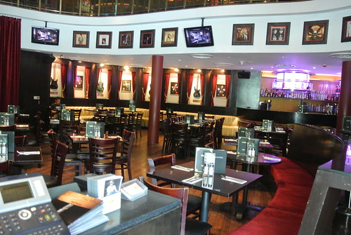 HARD ROCK CAFE