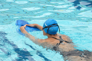 Using swimming training aids
