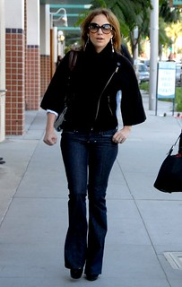 Jennifer Lopez Flared Jeans Celebrity Style Women's Fashion