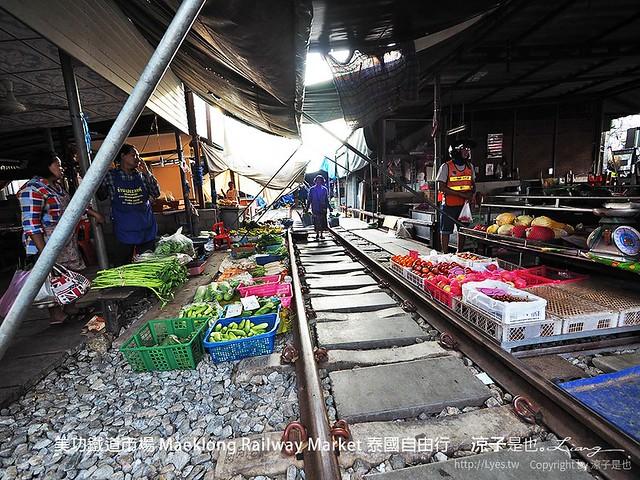 美功鐵道市場 Maeklong Railway Market 泰國自由行 55