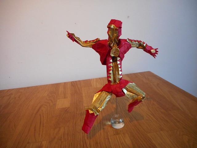Origami Iron Man, by, Nikon COOLPIX S3700