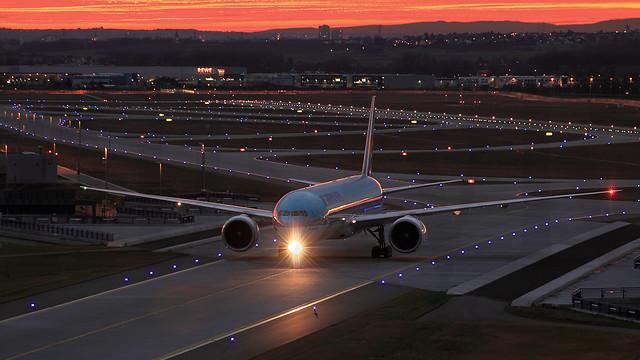 HL7784 Korean Air 77W at sunset @ FRA