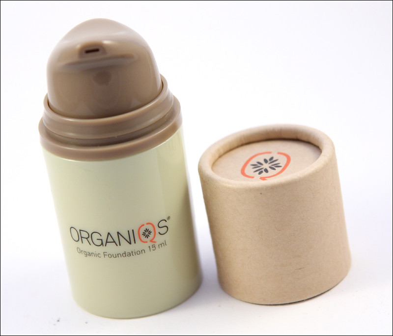 Organiqs organic foundation1