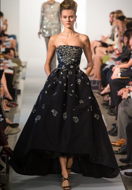вокруг талии. . Предлагаем модные обзоры - платья 2015, с фото: Платья Prada из новой коллекции весна-лето 2013