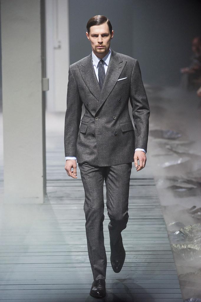 FW13 Milan Corneliani002_Adrian Wlodarski(fashionising.com)
