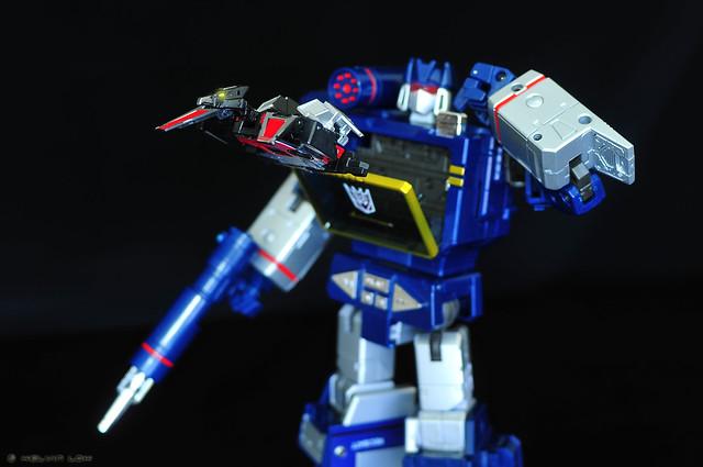 """""""Laserbeak: eject!"""""""