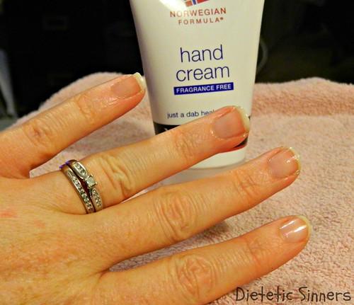 Nutrogena Manicure