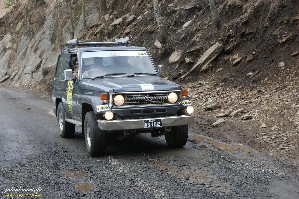 Muzaffarabad Jeep Club Neelum Snow Cross - 8470830583 b0a7bb17cb b