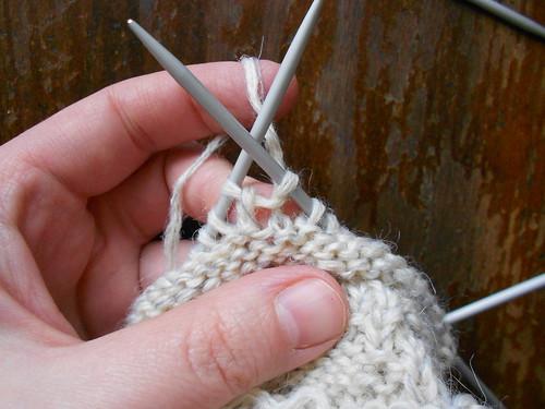 выворачивание вязания и продолжение по изнанке