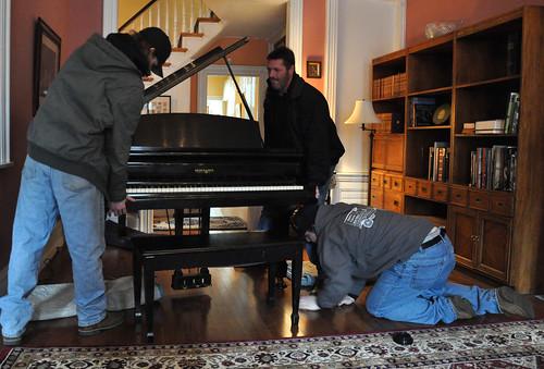 Przygotowywanie pianina do transportu