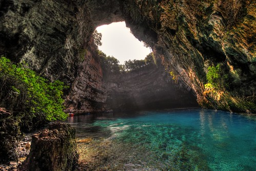 blue light vacation lake color travelling green tourism water horizontal island crystal nopeople clear greece opening cave marketplace geology kefalonia hdr highdynamicrange sami melissani geological rocl karavomylos
