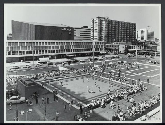 Schouwburgplein 2