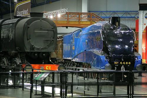 LNER ( Doncaster ) Gresley Class A4 4-6-2 4468 'Mallard' & SR ( Brighton ) Bulleid Class Q1 0-6-0 C1