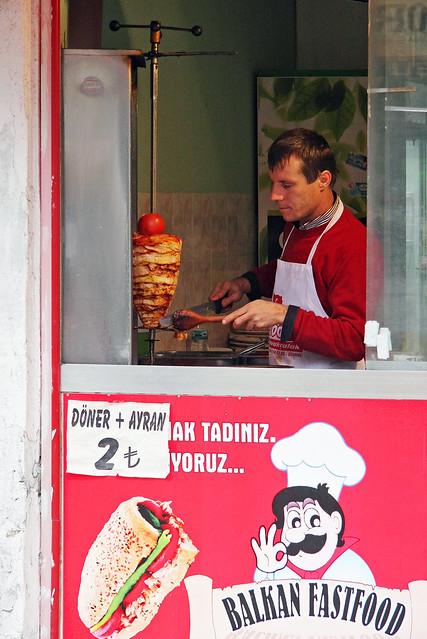 A doner kebeb stand in Edirne, Turkey エディルネのドネルケバブ屋さん
