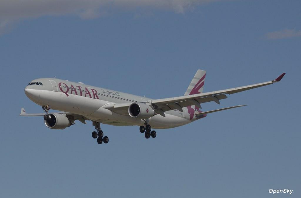 Qatar Airways Airbus A330-302 A7-AEI (cn 813)