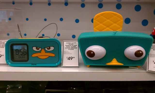 Disney iHome Phineas and Ferb Perry the Platypus/Agent P music docks
