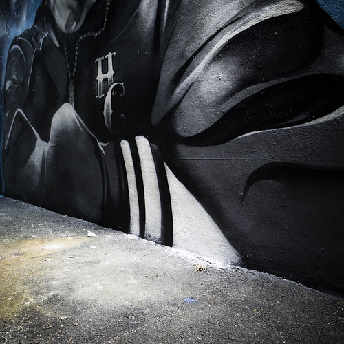 B-Boy Mural with STV Zipper by Trek 6