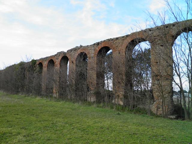 Quintili aqueduct ruins, built to bring water from Aqua Claudia aqueduct to Quintili Villa, near the Via Appia, Rome