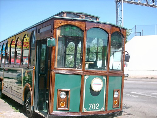 A Gomaco replica trolley bus.  Chicago Illinois.  July 2007. by Eddie from Chicago