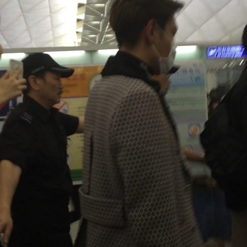 TOP - Hong Kong Airport - 15mar2015 - ftft_baby - 02