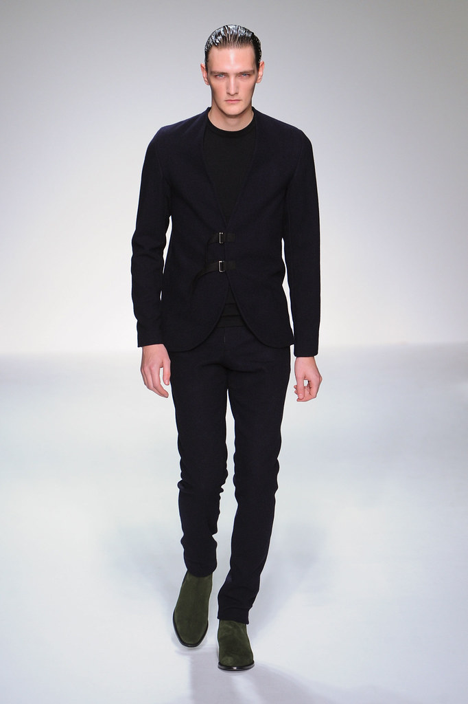 FW13 London Lee Roach001_Yannick Abrath(fashionising.com)