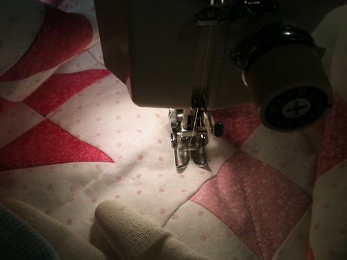 Machine Quilting by HobbieSqurriel