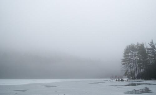 winter fog landscape hiking frozenlake holyokerange lithiaspringsreservoir