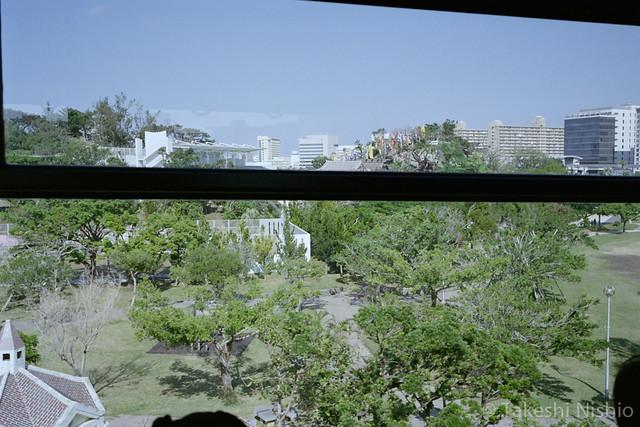 モノレールから見えた沖宮 / Seeing Okinogu shrine from monorail inside