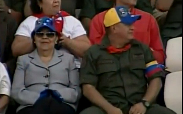 Gorra tricolor chavista