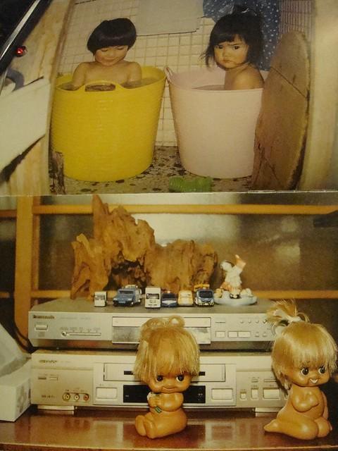 02 日本小孩泡澡用的桶真可爱。上下两图有异曲同工之妙^^