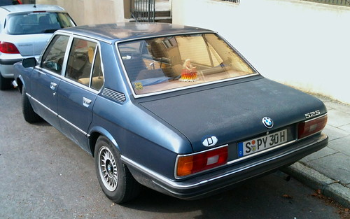 BMW 525 (E12)