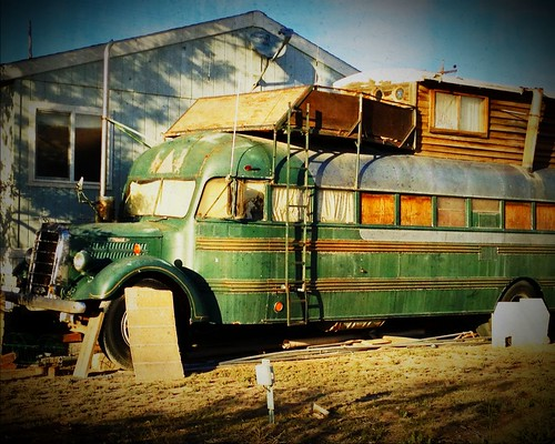 bus loft retired mack iphone macktruck mohavecounty fortmohave iphone5 calnevari iphoneography awesomized
