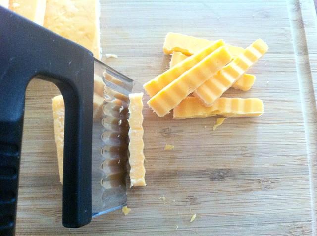 Slicing Yellow Cheddar Cheese