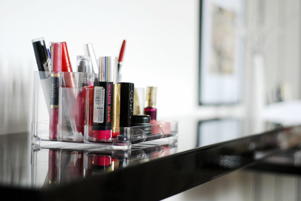 Short Tip: How To Organize Your Makeup Collection