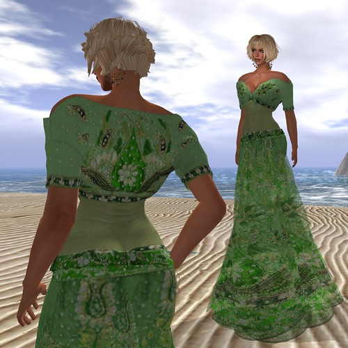Paris METRO Couture_ Arun Gown Emerald