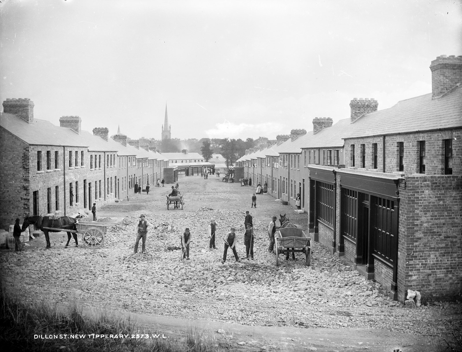 Old photo of Dillon Street, Tipperary Town