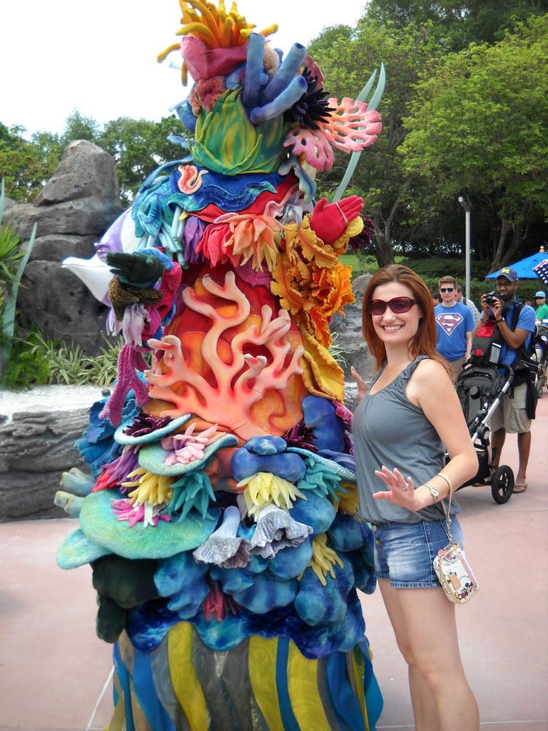 Finding Nemo Walt Disney World Character Hunt
