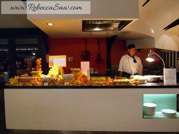 Club Med Bali - Dinner @ Agung Restaurant - rebeccasaw-022