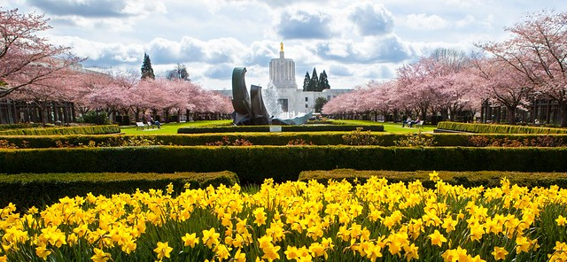 Oregon State Capitol in Spring