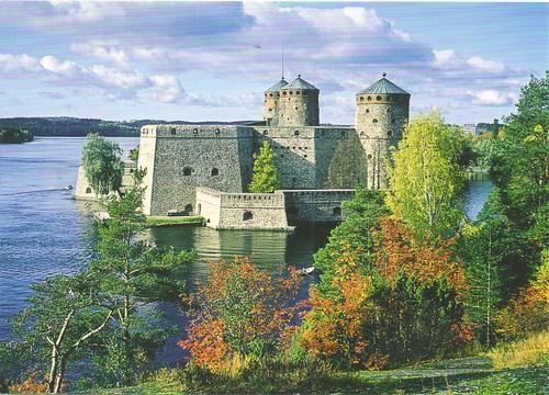 Olavinlinna Castle: Medieval Fortification in Finland