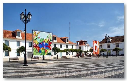 Exposição na Praça Marquês de Pombal by VRfoto