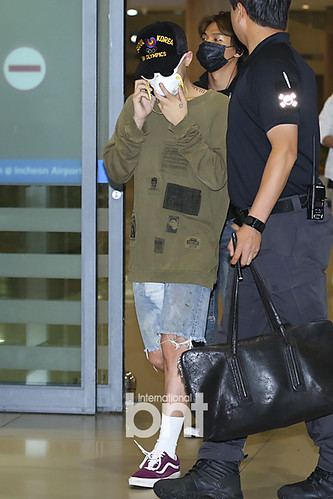 Big Bang - Incheon Airport - 15jun2015 - BNT - 02
