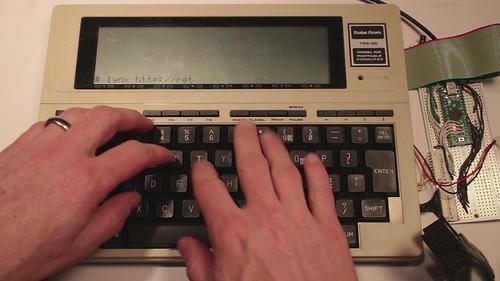 Model 100 TRS80 + AVR: Retro hackaday
