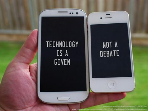 Zwei Mobiltelefone