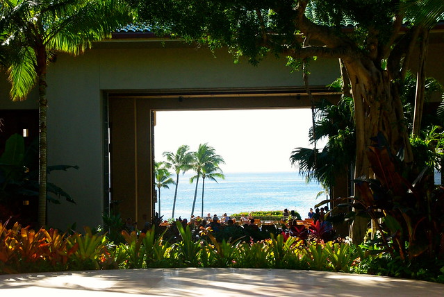 grand hyatt kauai entrance