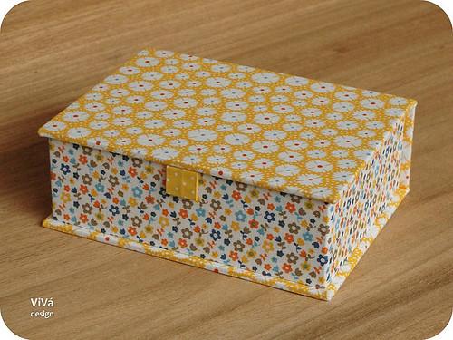 A caixa amarela!