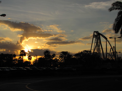 IMG_7200_Sunset_at_Busch_Gardens
